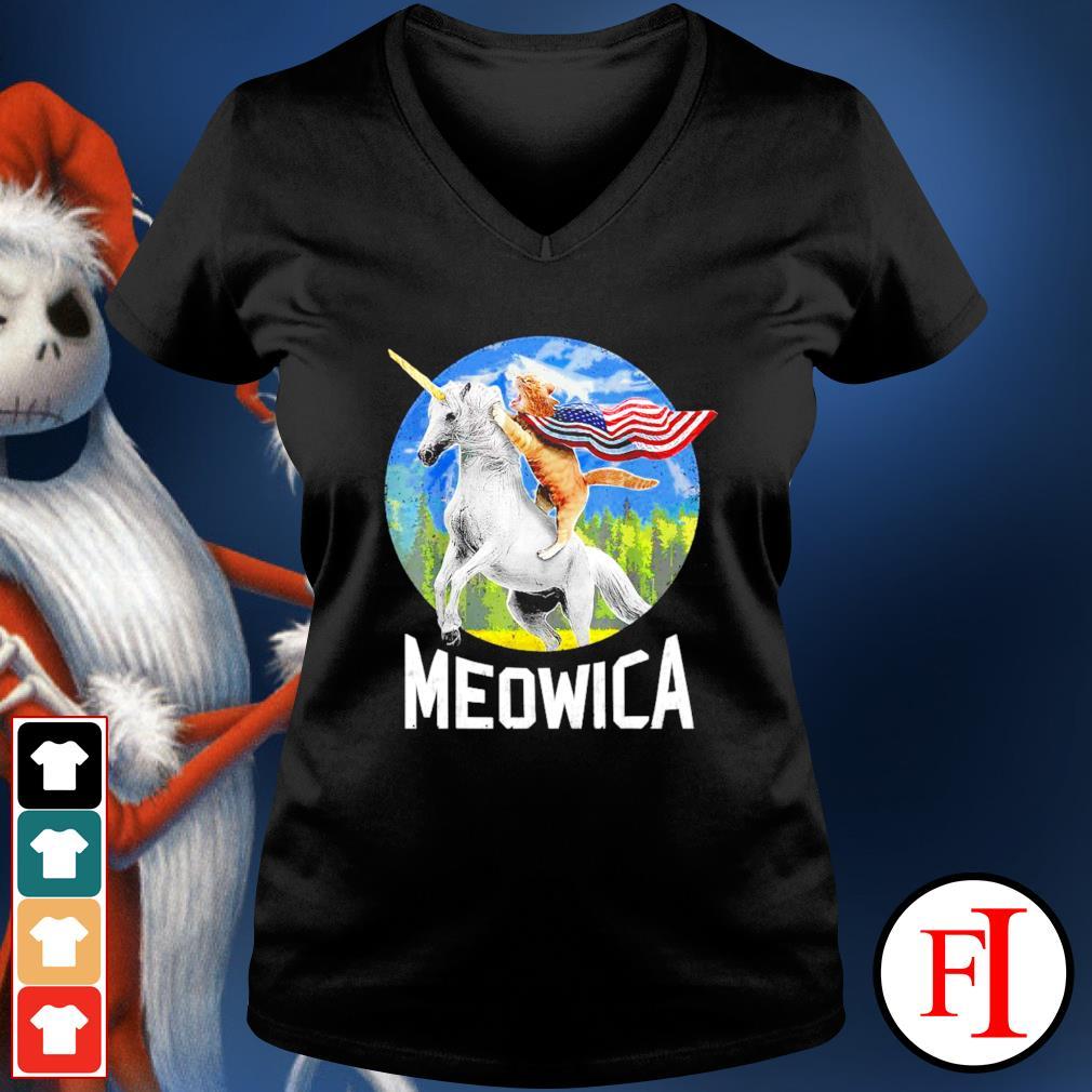 Cat riding Unicorn Meowica 4th of July v-neck-t-shirt