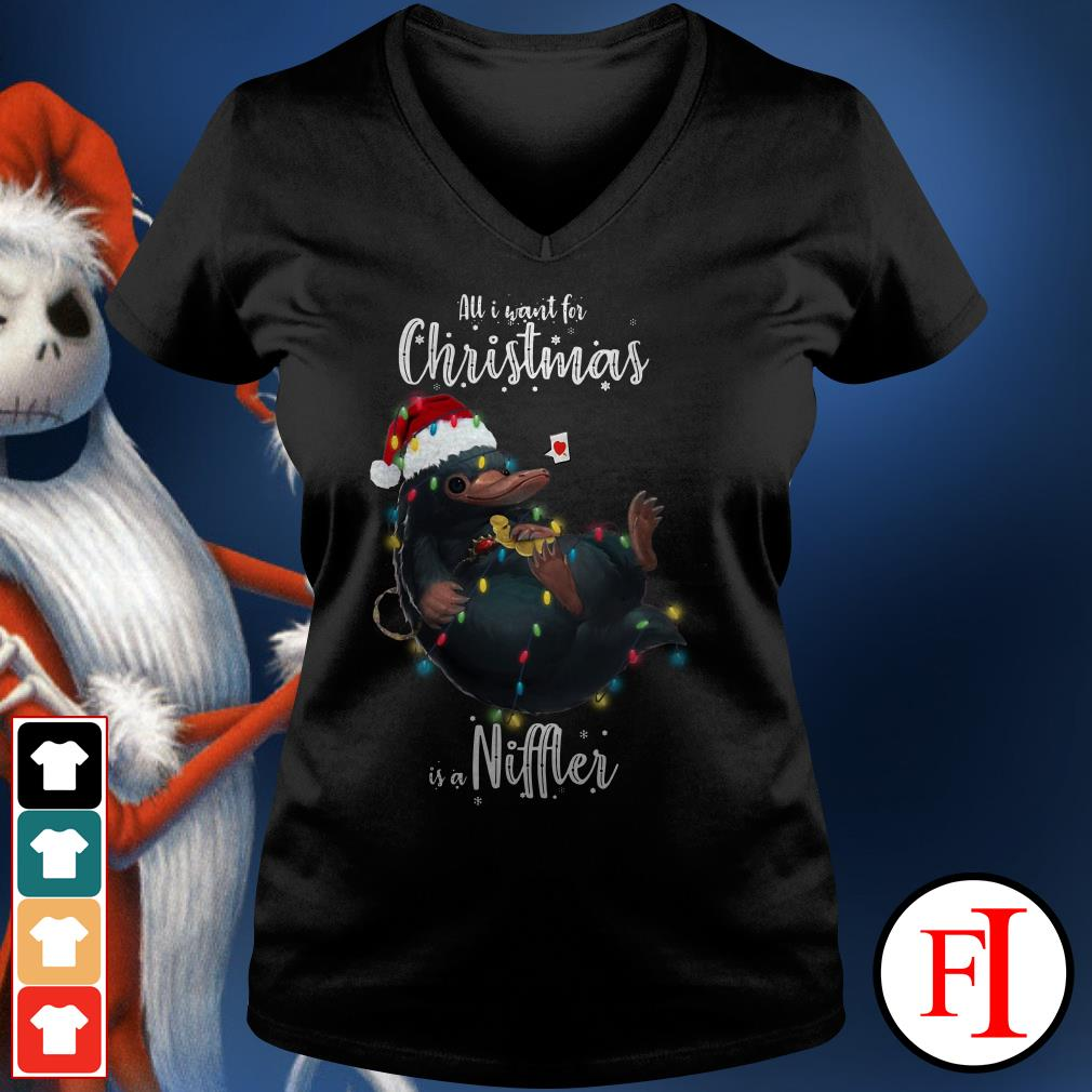 Niffler All I want for Christmas is a V-neck t-shirt