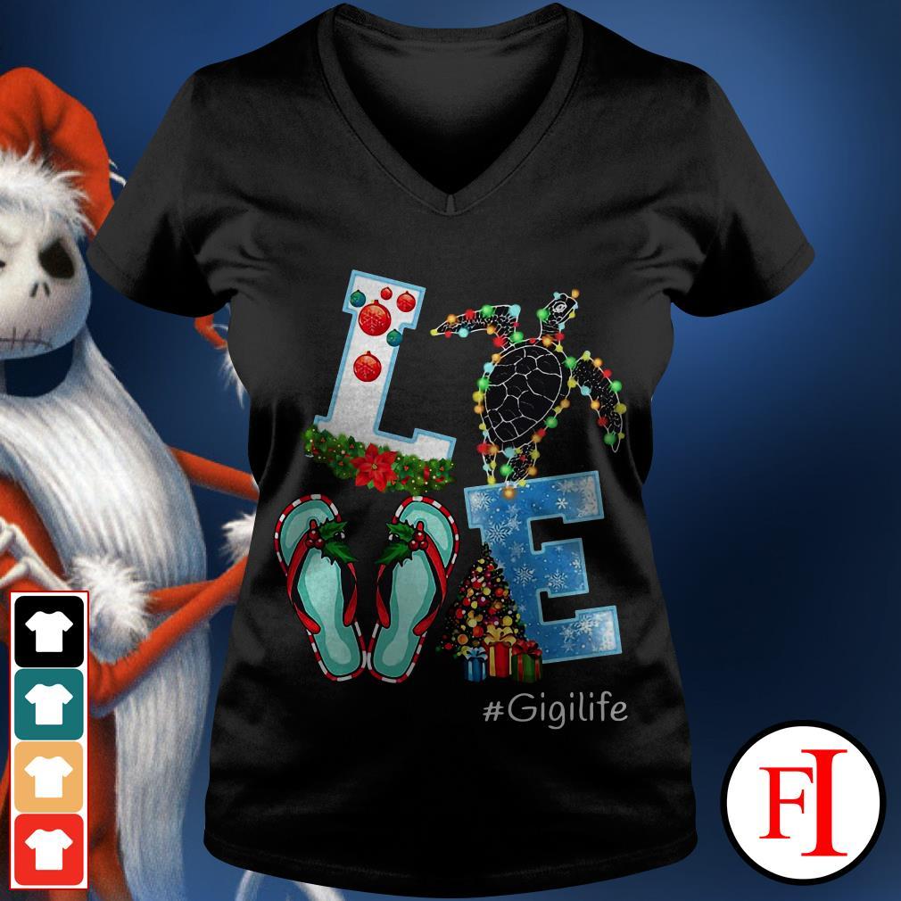 Gigilife Christmas Love turtle V-neck t-shirt