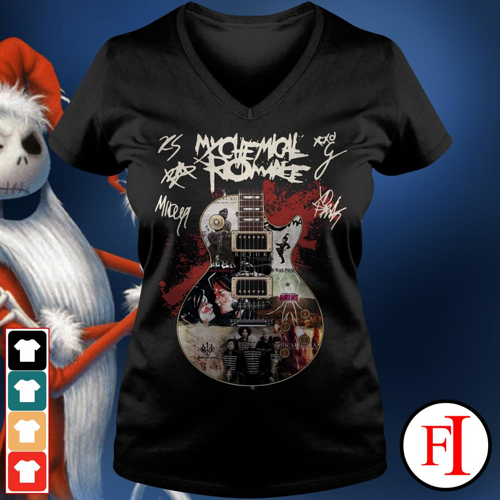 Official Guitar My Chemical Romance signatures V-neck t-shirt