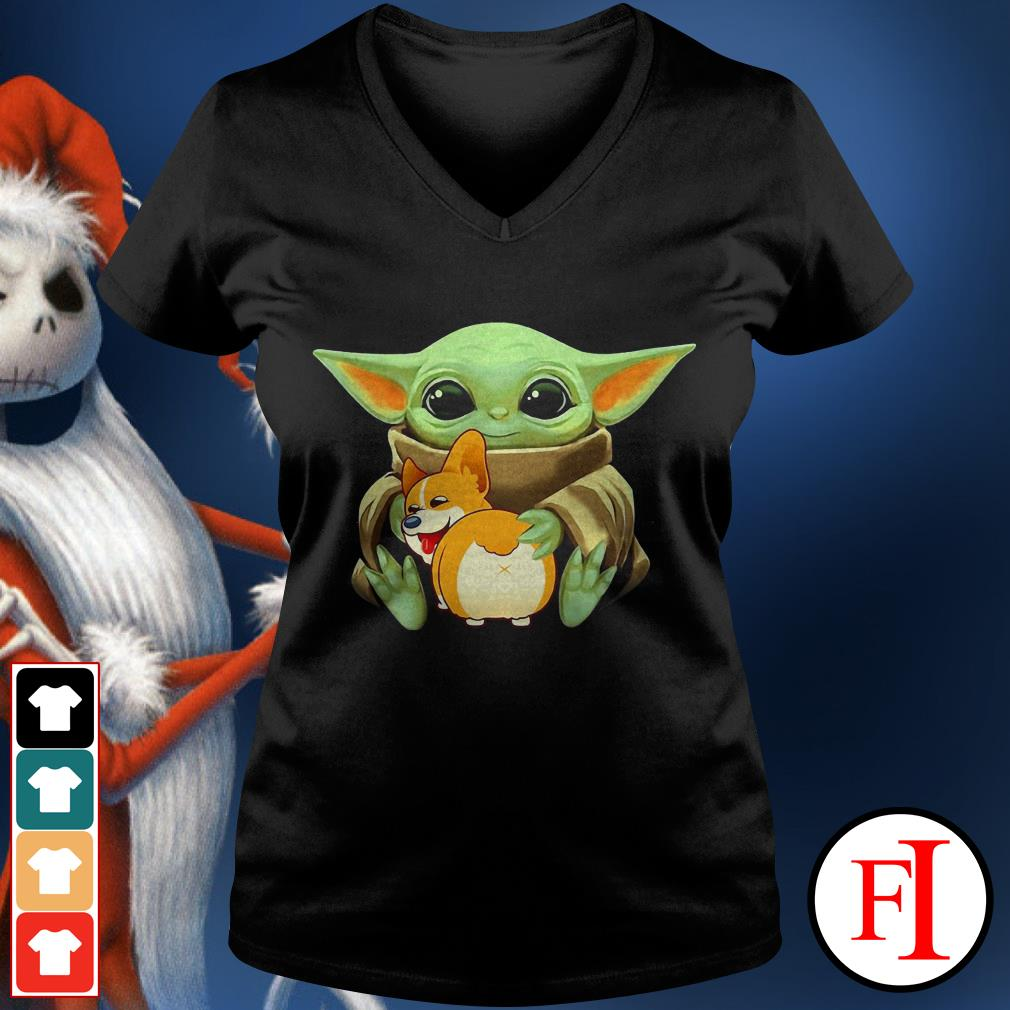 Corgi dog Baby Yoda hug V-neck t-shirt