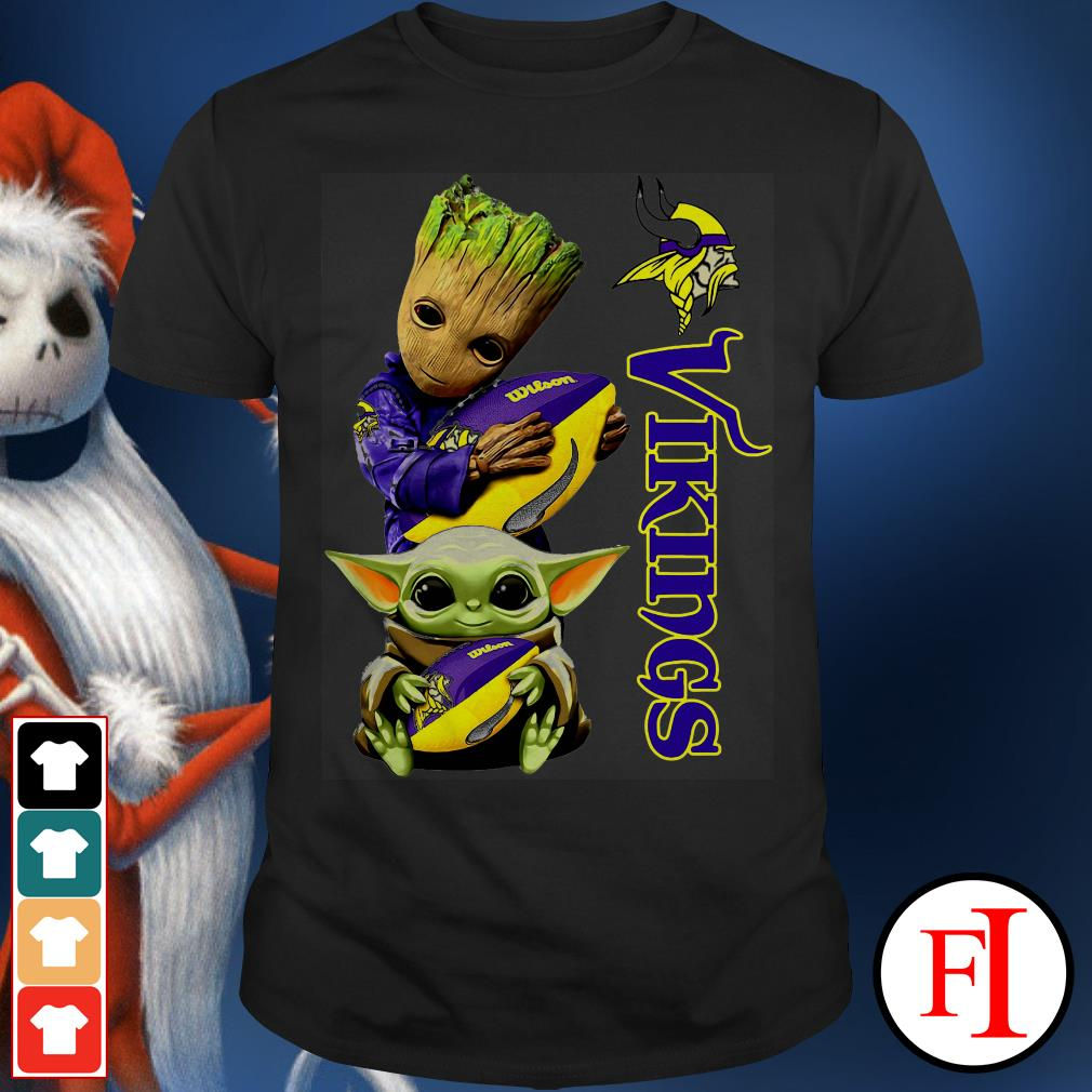 Baby Groot and Baby Yoda hug ball Minnesota Vikings shirt