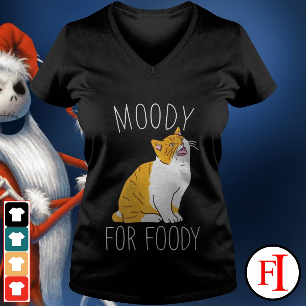Love Cat moody for foody IF V-neck t-shirt