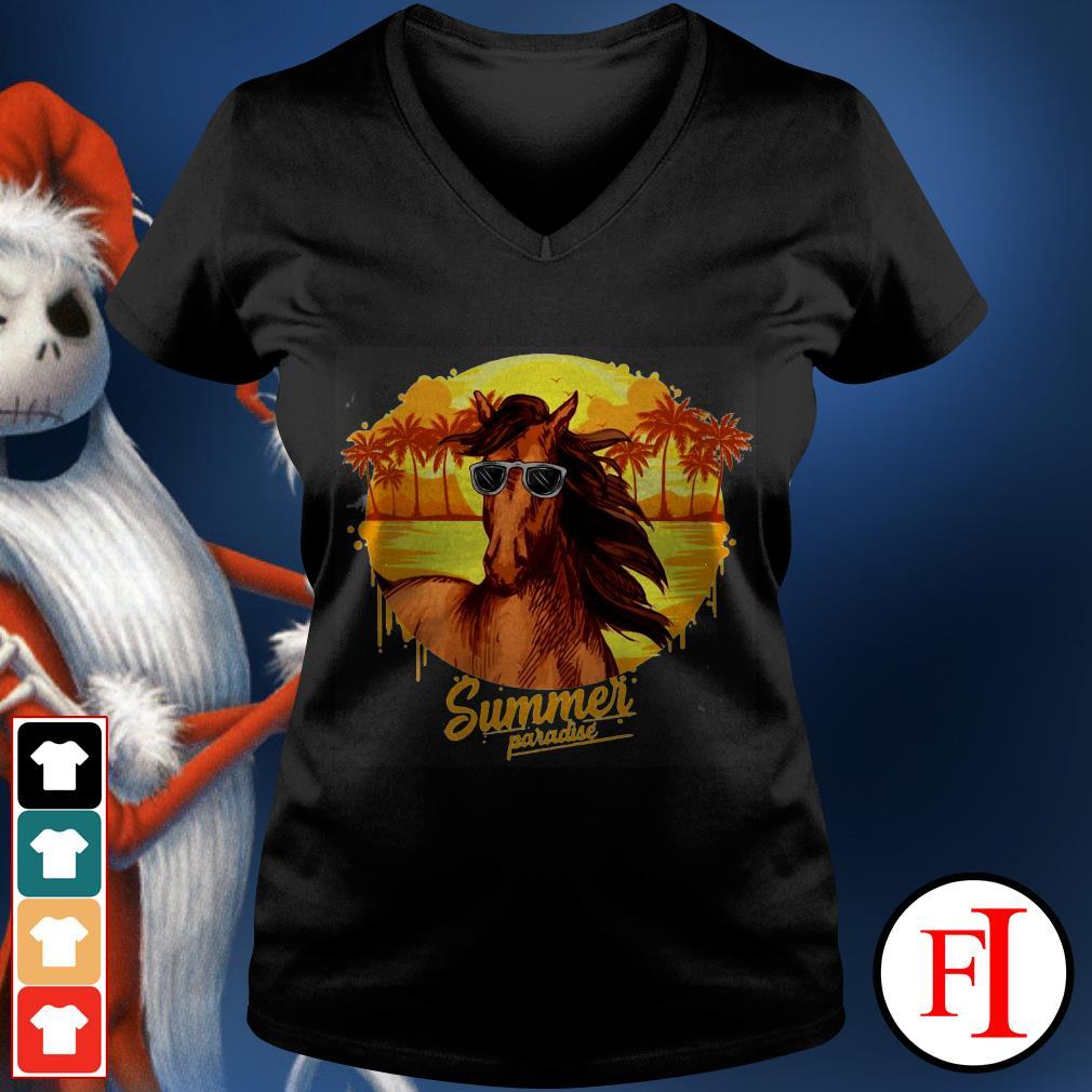 Summer paradise Horse sunglasses IF V-neck t-shirt